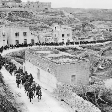 On the march c February 1918 Palestine, Ottoman Empire photographer Frank Hurley (1885-1962) Reproduced courtesy of the Australian War Memorial B01619
